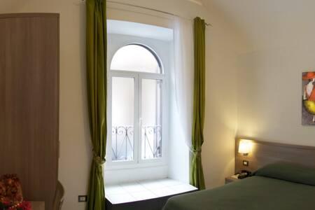 Rome  B&B Termini in bed - Roma - Bed & Breakfast