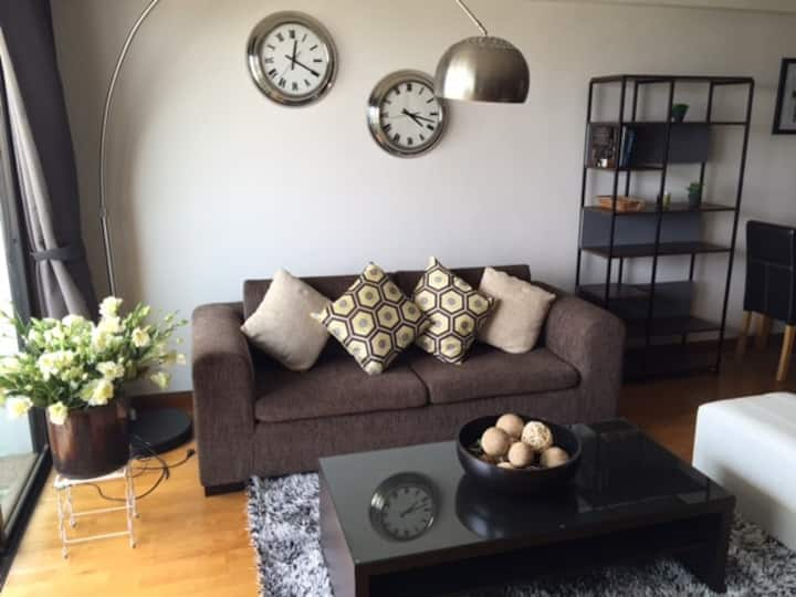 Cozy 1BR 75 sq.m Close to BTS Ratchayotin Station