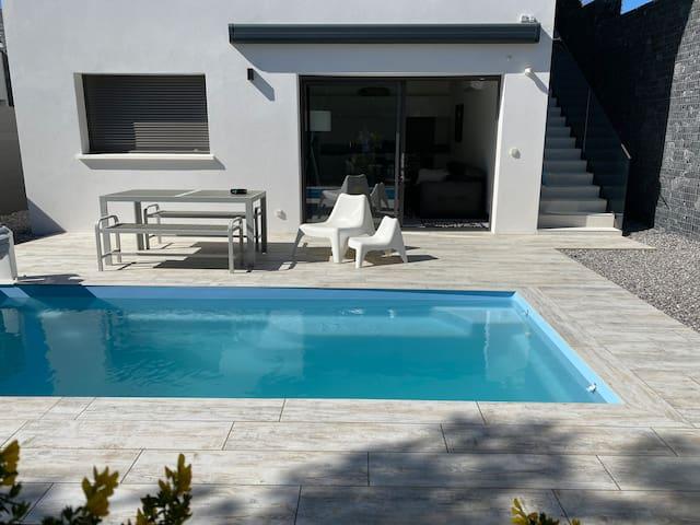 T2 piscine privée chauffée plageàpieds SurfGolf 4*
