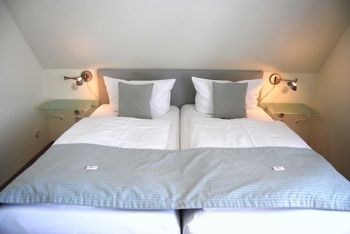 """Hotel Hiddensee """"Godewind"""", Doppelzimmer Komfort"""