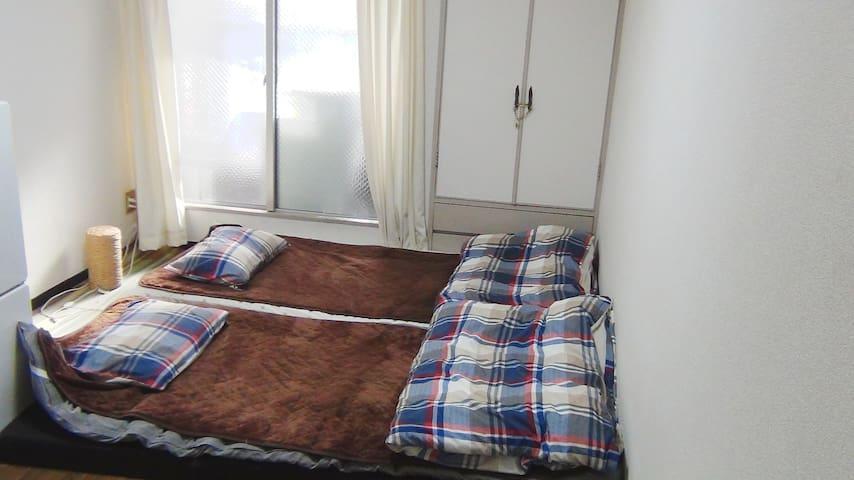 大阪市中央区オフィス街の静かなお部屋。大阪城徒歩圏内。安くて清潔☆