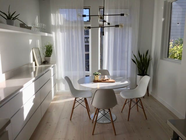Airy & Spacious Modern Downtown Condo - Walla Walla - Kondominium