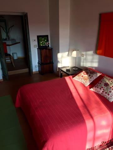 Tigli Room