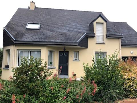 Chambre (RDC)  à 10 mn de Rennes