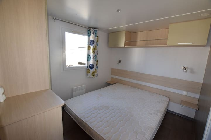 mobil home dans camping 1 chambre