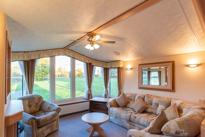 Static caravan on 5* country holiday park (C28)