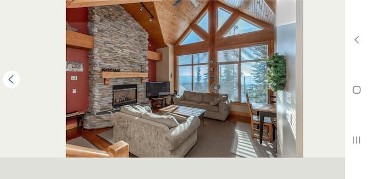 Cottage like 4 bedroom 3 baths townhome Big White