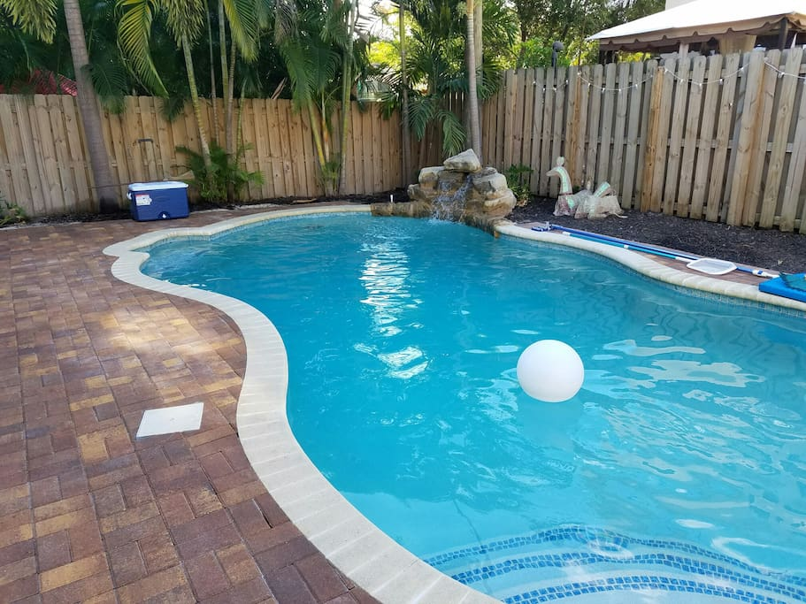 Clothing Optional 2 1 Pool Villa In Wilton Manors Villas For Rent In Wilton Manors