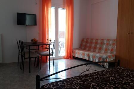 Edipsos Studio Apartment