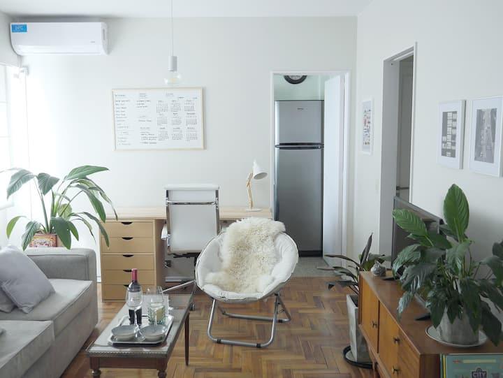 Beautiful & cozy Studio in Coghlan!