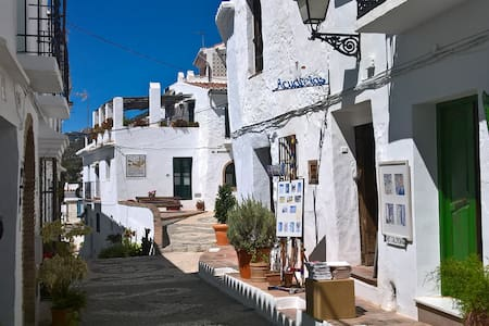 Lovely house for rent in typical morisco style. - Frigiliana - Talo