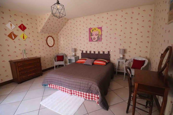 Chambre 1 avec lit 160