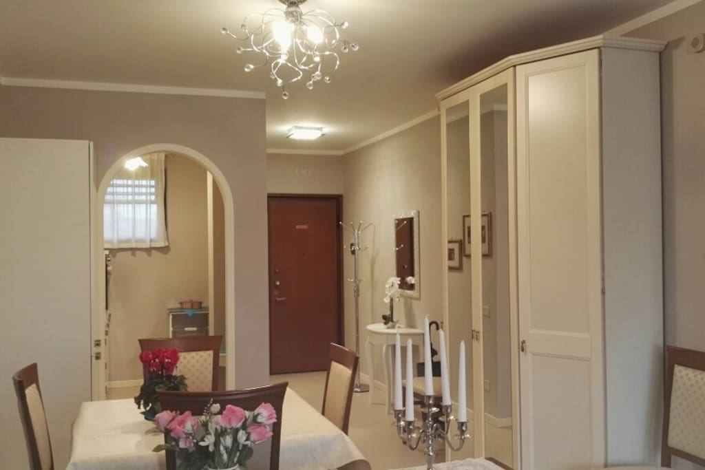Your cosy dining room!