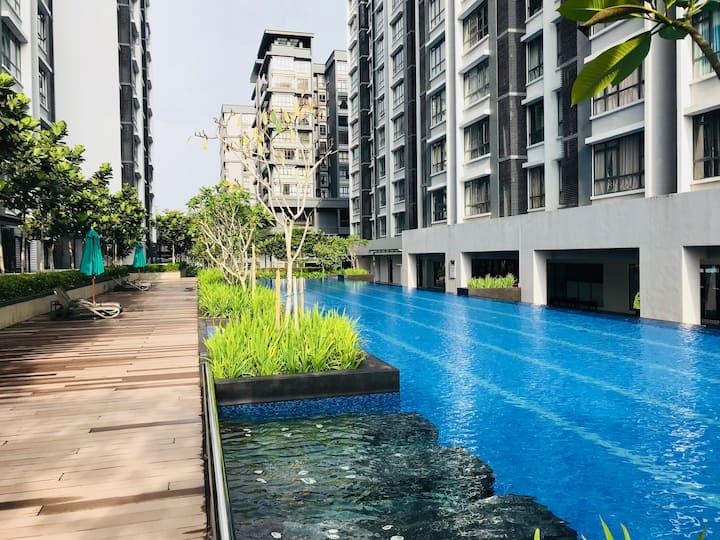 Private room for 2 near Sunway Lagoon/Subang Jaya