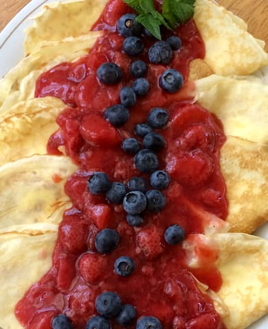 Cream Filled Strawberry Crepes