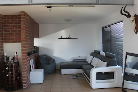 Trendy loft apartment in the heart of Midrand - Midrand