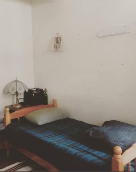 房間採光與通風良好備有冷氣