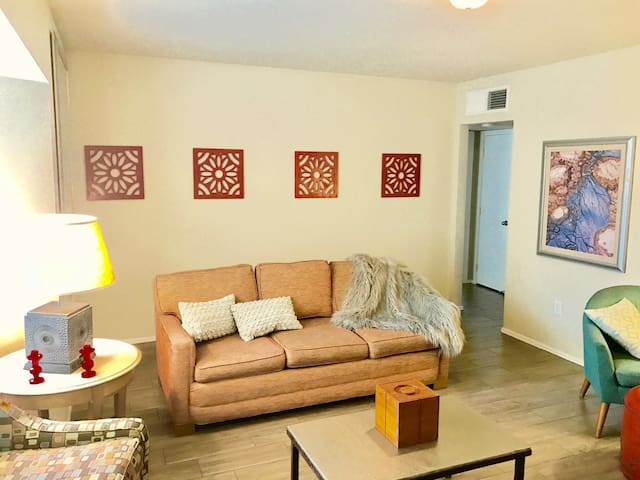 Mid-Century Modern Downtown Historic District 2 BR - Phoenix - Apartment