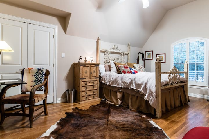 The Cowgirl Room, big and comfortable.