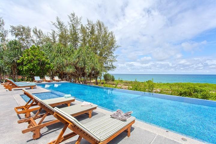 ⭐The White Pearl 8BR Modern Beachfront Pool Villa