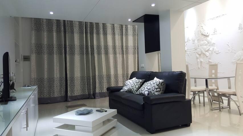 Living Room-V2