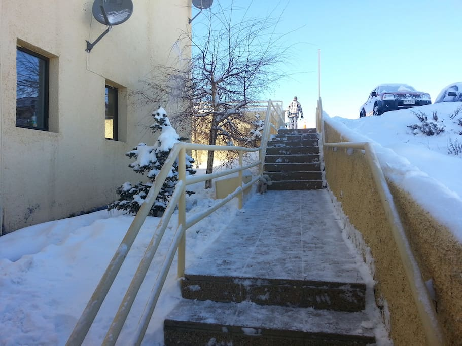 Acceso Escalera Exterior