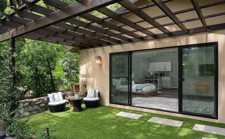 Brand New Laurel Canyon Retreat Minutes from WeHo
