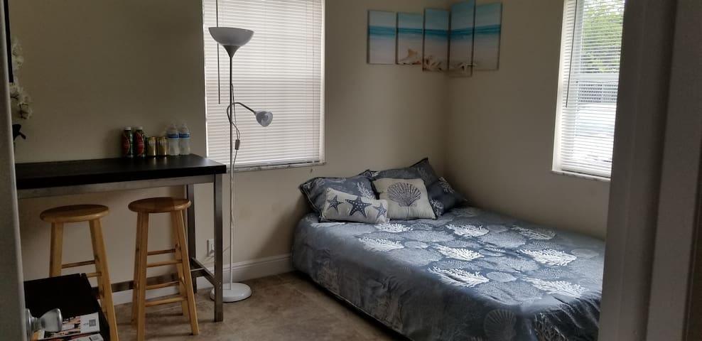 Bedroom 2 bed