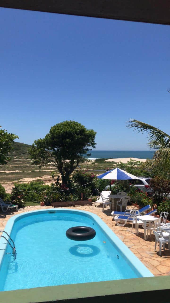 Pousada com piscina e vista maravilhosa - 2 praias