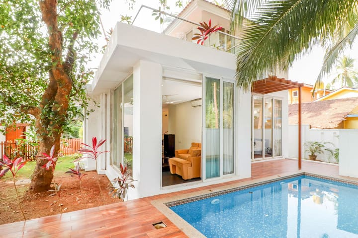 2 BHK Private Pool Luxury Villa - Calangute Beach