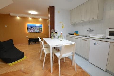 公寓出租 * Paradise Apartment Next to the Aqua Park