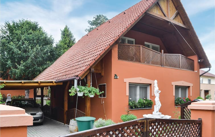 Holiday apartment with 1 bedroom on 70m² in Balatonboglár
