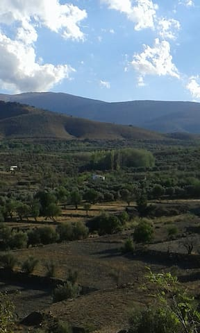 Casa Rural encantadora al pie de la Sierra. - Huéneja - Almhütte