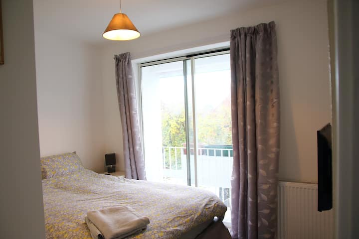 Large, private room with en suite and balcony!
