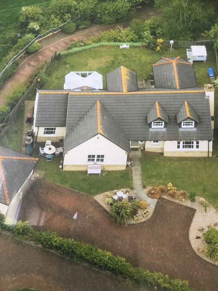 Corner Cottage, Newtongrange