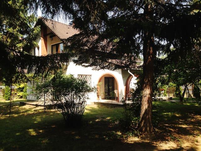 retro luxury apart3 at lake Balaton