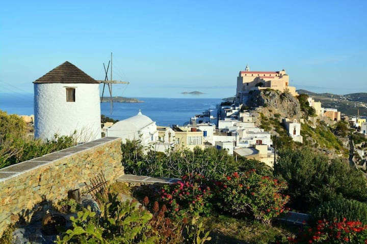 Anemomylos / Windmill (Ano Syros) - Ano Syros
