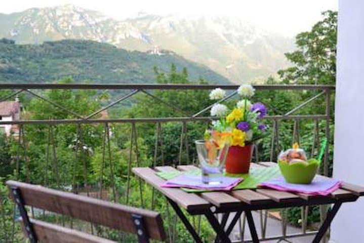 "Le Terrazze sui Monti- Appartamento ""Zi Terè"" - Pietre - Lägenhet"