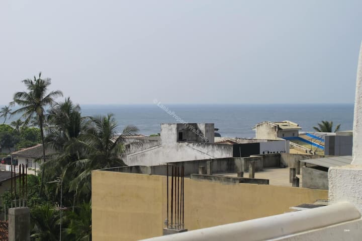 Stunning 1 bed apt ideally located off Galle Rd