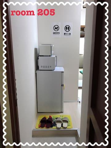 「兼六ハイツ 和室タイプ205」個室ワンルーム。wi-fi完備。駐車場要相談。