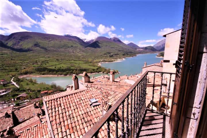 Casa Elda - Panoramic and Central Apartment