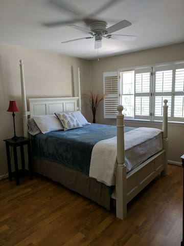 Private Room and bathroom near Stone Mountain Park
