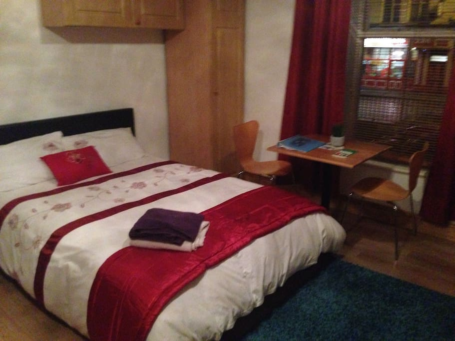Cofortable double bed with King Size Duvet for extra comfort.