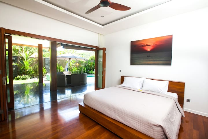Villa Nicki Balangan beach