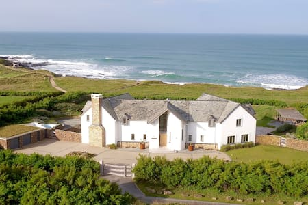 Luxury beach house on the North Cornwall coast - Padstow - House
