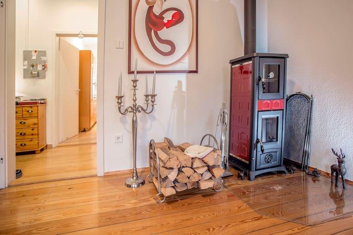 Residieren Sie in Schwarzwaldvilla auf 115qm - Bad Herrenalb - Appartement