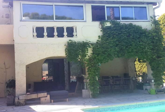 "Charmante chambre privative ""Pêche de Vigne""-GARD - Langlade - House"