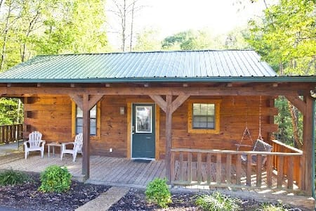 Tellico cabins, Deer Cabin With Hot Tub - Tellico Plains