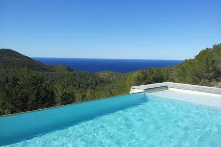 Sea View Hideaway - Eivissa