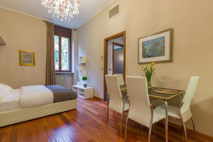 Comfortable Apartment  behind the Arena di Verona